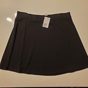 H&M Skirts - H&M Black Circle skirt in thick jersey